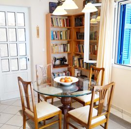 Rent accommodation on Ithaca, dining room