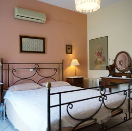 Rent accommodation on Ithaca, bedroom