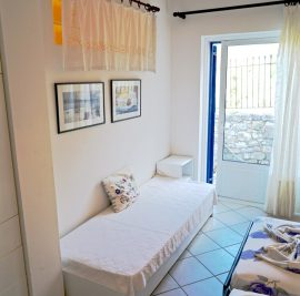 Rent an apartment on Ithaca, sofabed