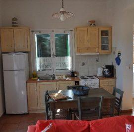 Book a studeio on Ithaca, kitchen