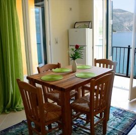Rent accommodation on Ithaca, dining table
