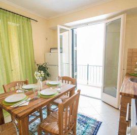Rent accommodation on Ithaca, kitchen